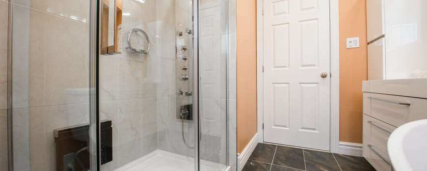 Como limpiar mamparas de cristal templado de la ducha y de - Como limpiar bano ...