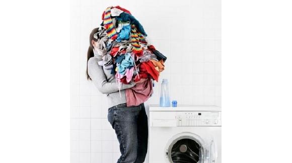 Sabías que puedes cometer errores al poner la lavadora: